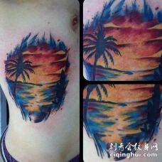 侧肋彩色海洋与太阳纹身图案
