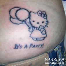 卡通凯蒂猫后腰纹身图案