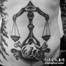 腹部old school黑色天秤座骷髅纹身图案