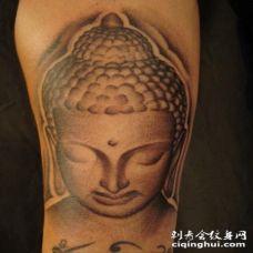 美丽的石头佛头纹身图案