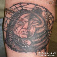 印度人像结合熊头怪异纹身图案