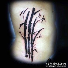 侧肋黑色亚洲东方风格的竹子纹身图案