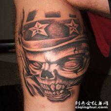 小腿美式帽子和骷髅纹身图案
