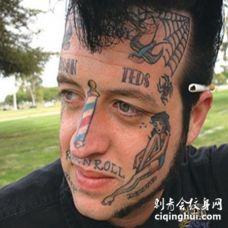 欧美男性脸部彩绘纹身图案