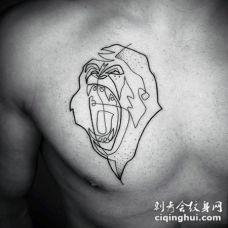 胸部点刺风格黑色的咆哮猴子纹身图案