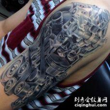手臂3D非常逼真的汽车发动机纹身图案