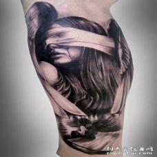 手臂3D哭泣的年轻天使女孩纹身图案