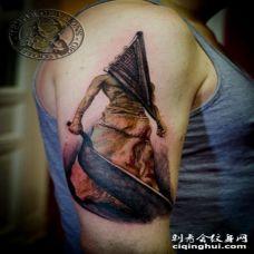 手臂3D恐怖风格的怪物纹身图案