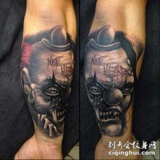 手臂3D彩色疯狂的怪物小丑纹身图案