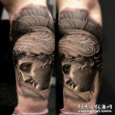 小臂3D黑色的小丑雕像纹身图案