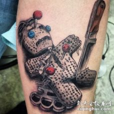 手臂3d丰富多彩的暴力巫毒娃娃纹身图案