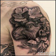 手臂3D黑色的山羊丝带和叶子纹身图案