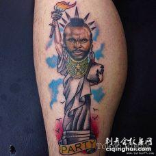 小腿欧美搞笑自由女神纹身图案
