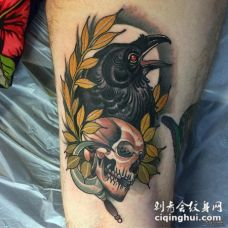 大腿school树叶乌鸦骷髅纹身图案