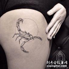 大腿蝎子几何点刺tattoo纹身图案