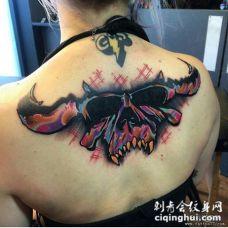 背部骷髅彩色遮盖tattoo纹身图案
