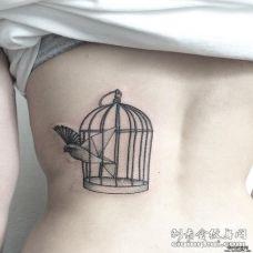 女生清新背部school鸟笼鸟纹身tattoo图案