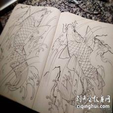 传统风格鲤鱼纹身图案手稿