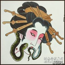 日式传统艺妓和蛇彩绘纹身图案手稿