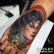 脚背欧式彩绘女郎纹身图案