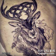 黑灰鹿纹身图案