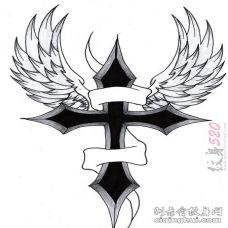 男性超喜爱的黑色的翅膀十字架纹身手稿素材