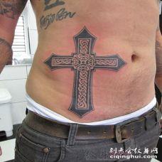 个性的黑色几何元素简单线条十字架纹身图案
