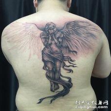 天使祈祷纹身图案 宗教祈祷天使纹身图片