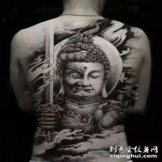 纹身佛满背图案 酷酷的斗战胜佛满背纹身图片大全