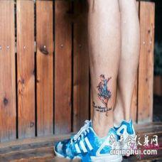 脚踝纹身小纹身 脚踝处的小猫纹身