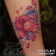 1女生与花创意个性文艺小清新纹身图案