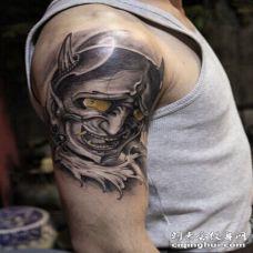 个性时尚的般若纹身