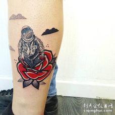 小腿上红玫瑰和宇航员纹身图案