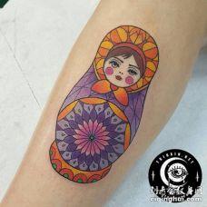 传统的俄罗斯曼荼罗套娃纹身图片