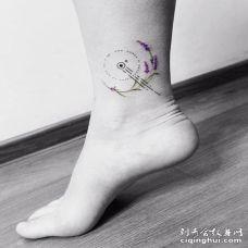 脚踝处小型薰衣草创意纹身图案