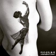 腰部黑白色跳舞女孩纹身图案