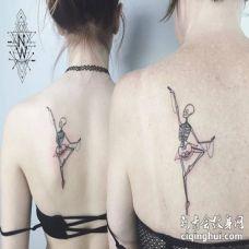 美女后肩跳芭蕾舞的骷髅重口味纹身图片