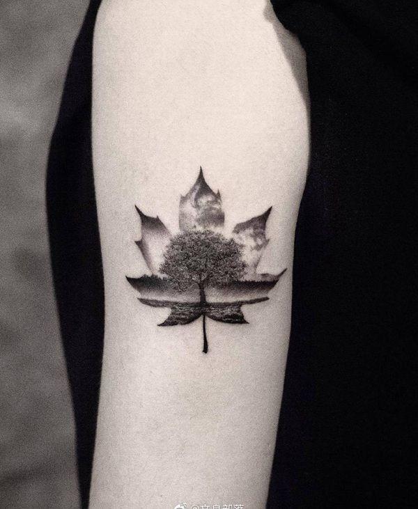 大臂小清新枫叶纹身图案