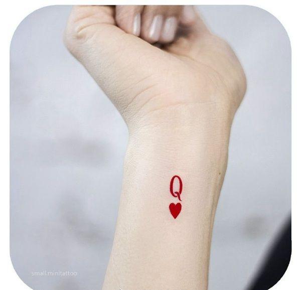 手腕小清新字母爱心纹身图案