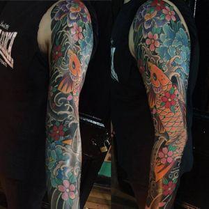花臂传统鲤鱼牡丹花樱花纹身图案