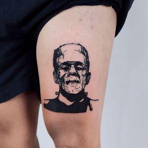 大腿小清新黑灰风人物纹身图案