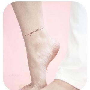 脚踝小清新英文纹身图案