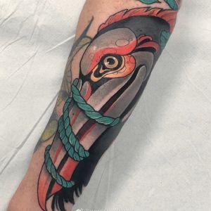 小臂newschool鸟纹身图案
