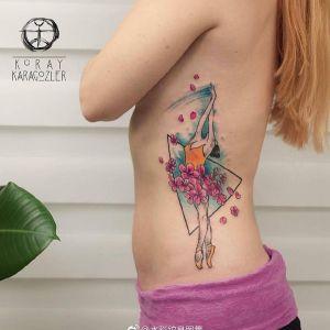 腰侧水彩几何风樱花芭蕾舞女孩纹身图案