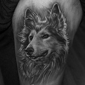 大腿写实狼头纹身图案