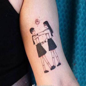 大臂小清新暗黑风动漫少女纹身图案