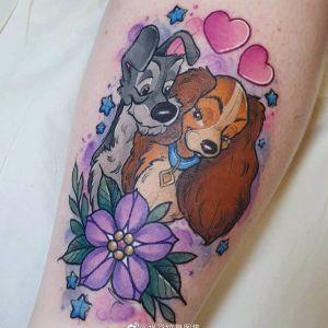 小腿水彩风可爱狗狗小爱心纹身图案