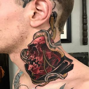 颈部newschool风格蛇盘骷髅纹身图案