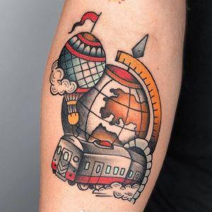 小臂oldschool地球仪火车热气球纹身图案