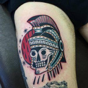 大腿oldschool骷髅勇士纹身图案